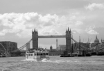 tower-bridge-b&w